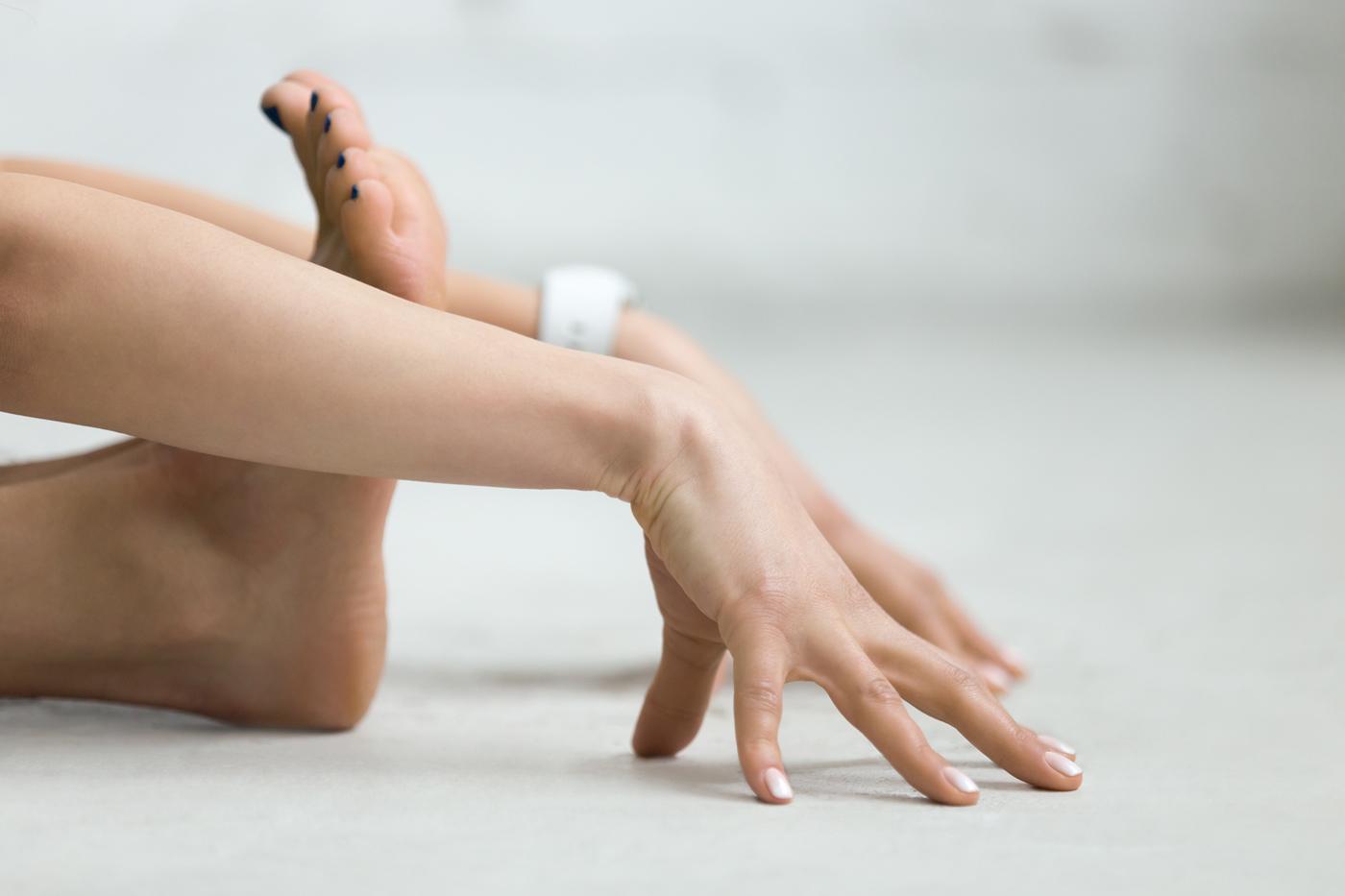 Morning-Rituals-do-yoga