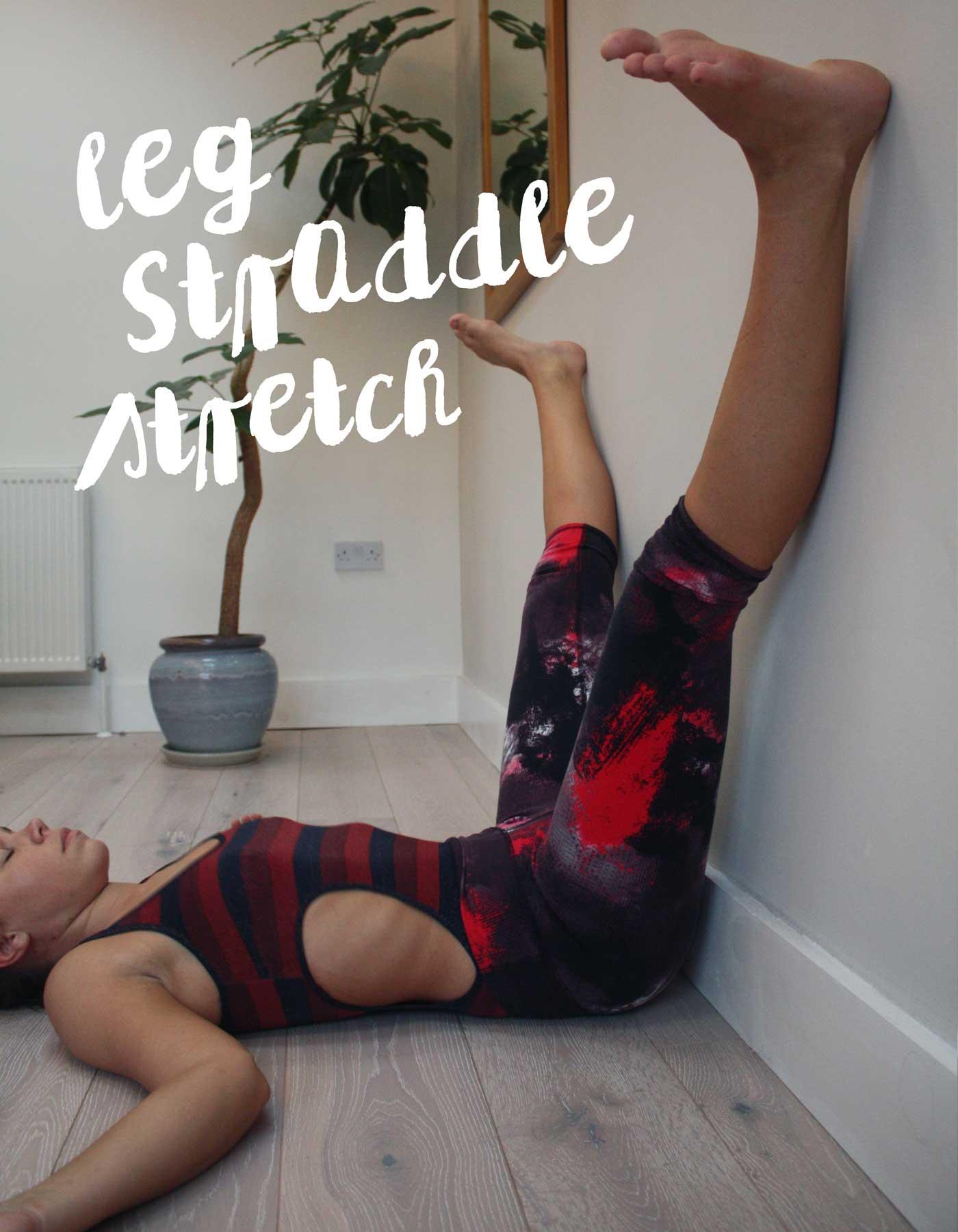 wall-yoga-straddle
