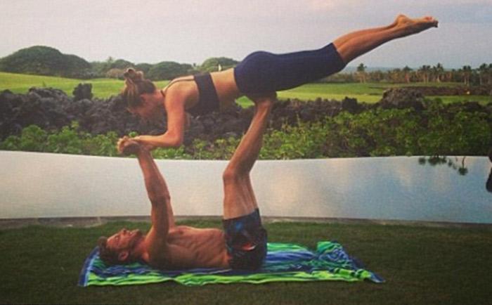 jenson-button-pro-athletes-yoga