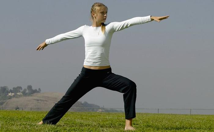 maria-sharapova-pro-athletes-yoga