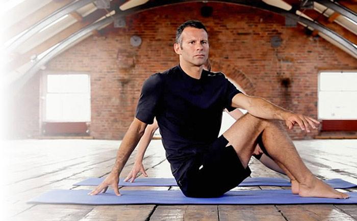 ryan-giggs-pro-athletes-yoga