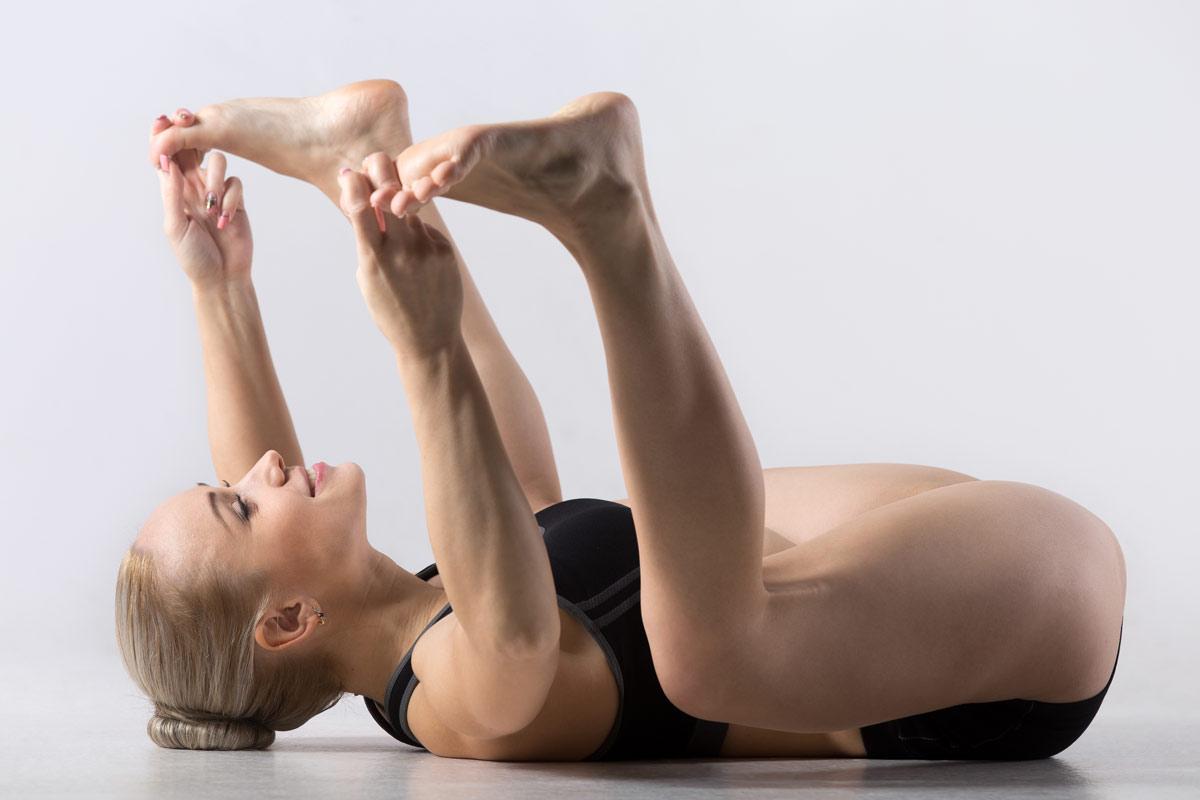 Namaste-in-Bed-Easy-Morning-Yoga-Poses-1