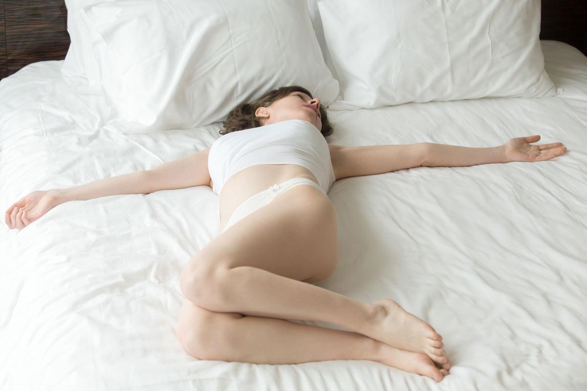 Namaste-in-Bed-Easy-Morning-Yoga-Poses-4