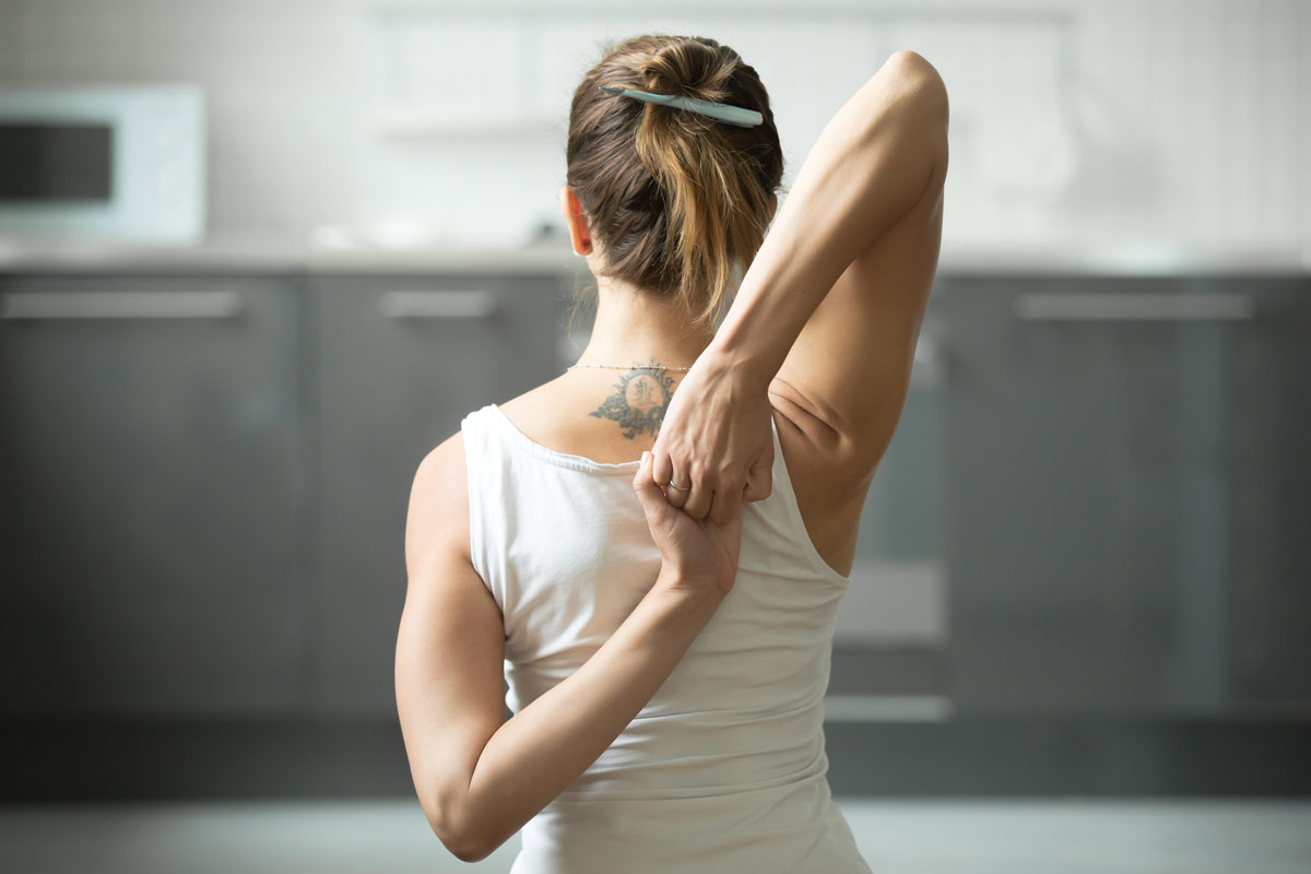 Namaste-in-Bed-Easy-Morning-Yoga-Poses-6