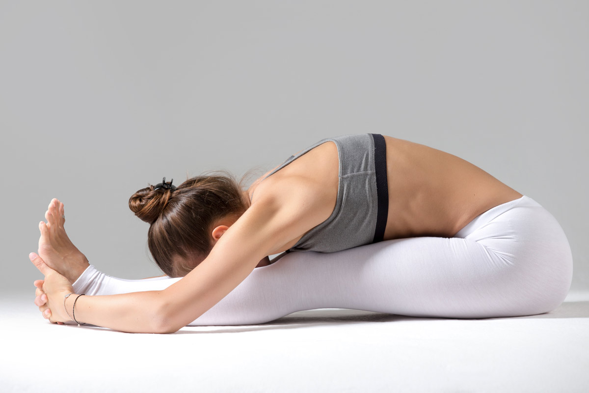 Namaste-in-Bed-Easy-Morning-Yoga-Poses-7